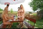 16121_LakeKryspinowEatingOut_np_04_123_427lo